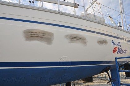 Bavaria 34 - Cosmetic Gel-Coat Repair - 1